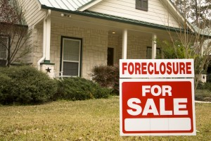 What to Expect When Buying a Foreclosure