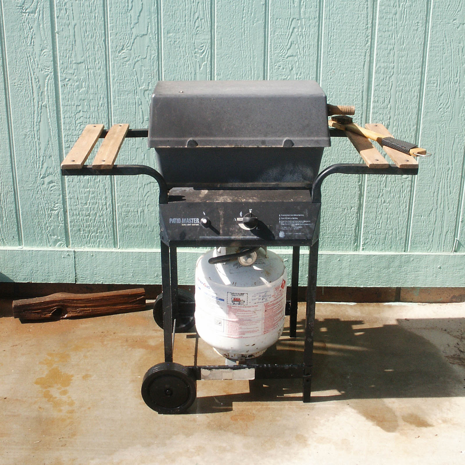 old bbq grill