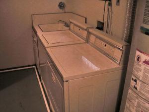 washer-dryer set removal
