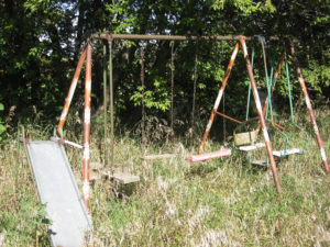 swing set disposal