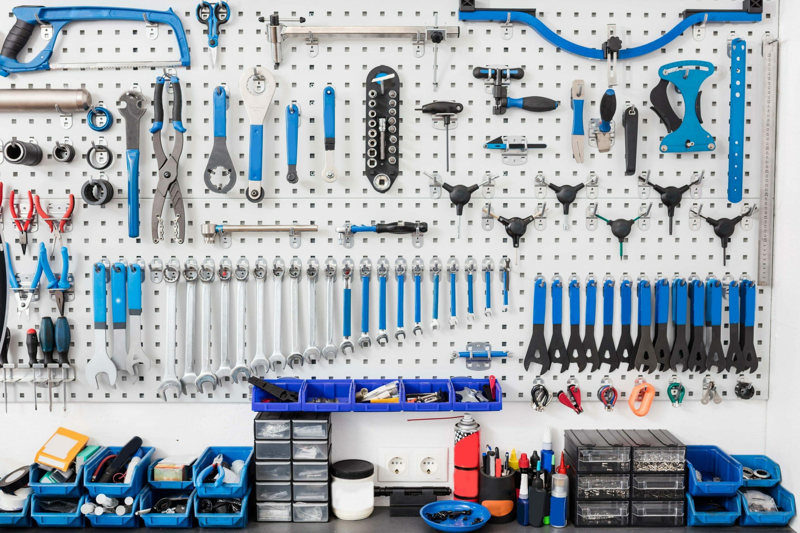 garage-workshop transformation