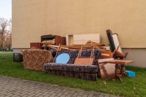 Furniture Junking in Bradenton